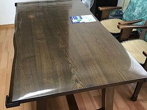 耳付き無垢テーブル塗り直し&特注保護マット製作