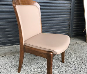 カリモク食堂椅子張替/構造変更